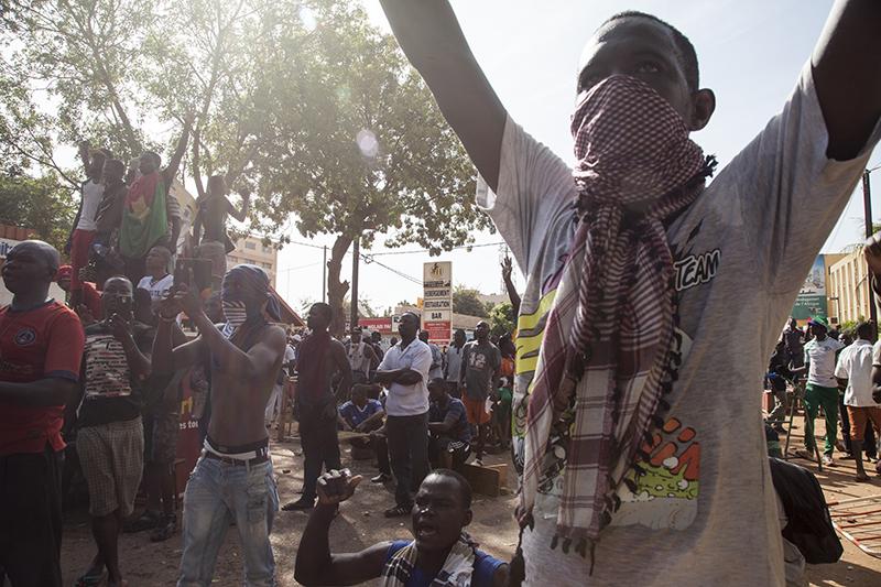 Le 30 octobre, les manifestations ont débuté tôt le matin dans plusieurs villes du pays. A Ouagadougou, les axes majeurs de la ville étaient bondés.